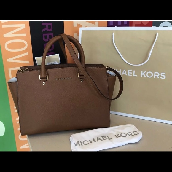 29b0ca3066baac Michael Kors Bags | 358 Selma Saffiano Handbag Mk Purse | Poshmark